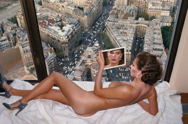 Bergstrom over Paris - Helmut Newton - 1976