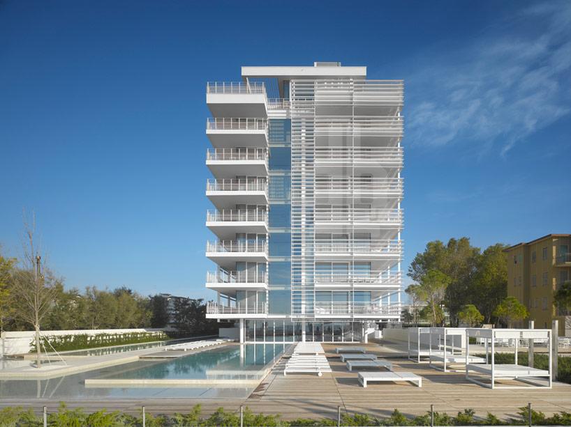 richard meier architects: jesolo lido condominium