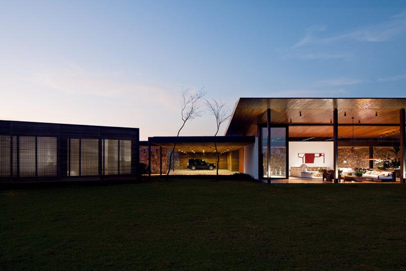 cowboyzoom-jacobsen-arquitetura-BV-house-01