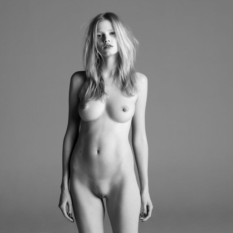 Lara Stone – Purple Magazine 01