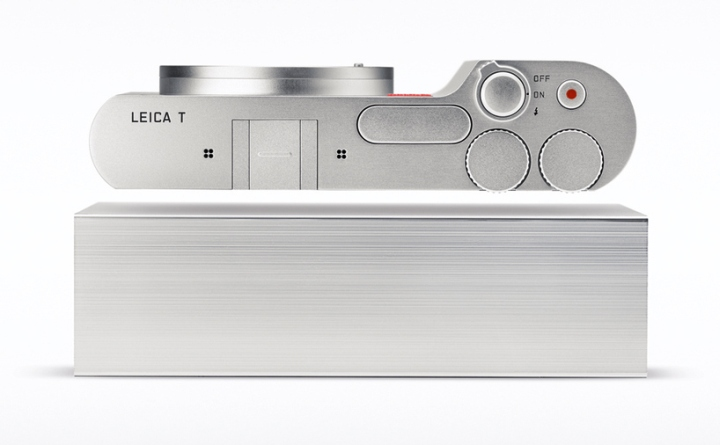 System-T-mirrorless-camera-by-Leica-Audi-02