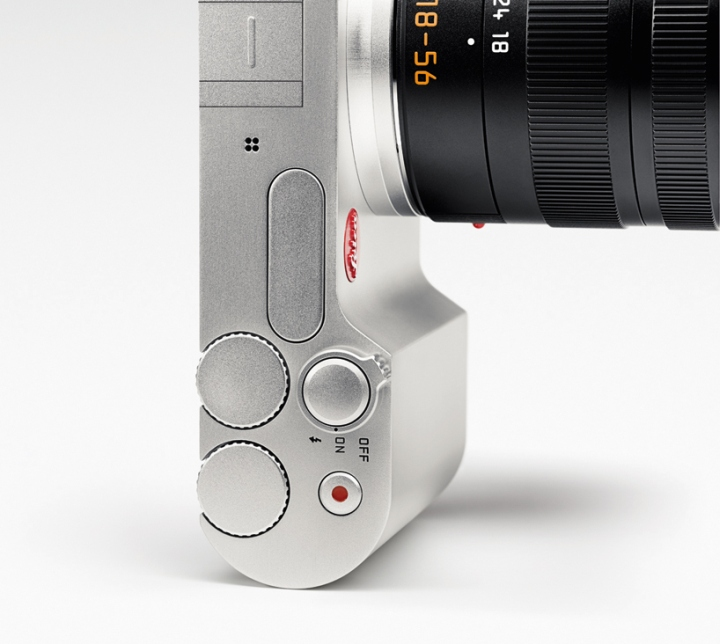 System-T-mirrorless-camera-by-Leica-Audi-08