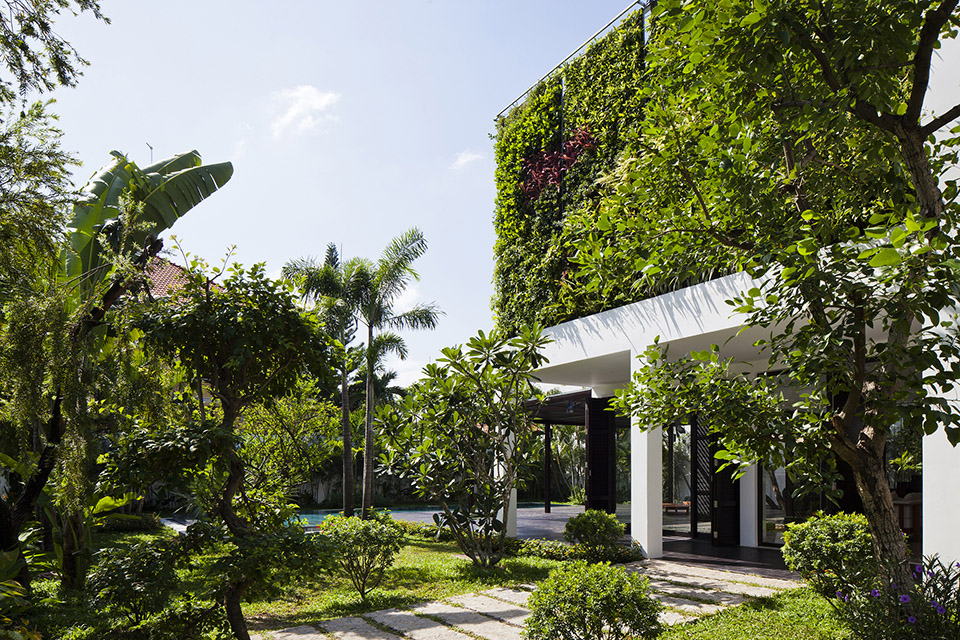 Thao-Dien-House-by-MM-House-Architects-12