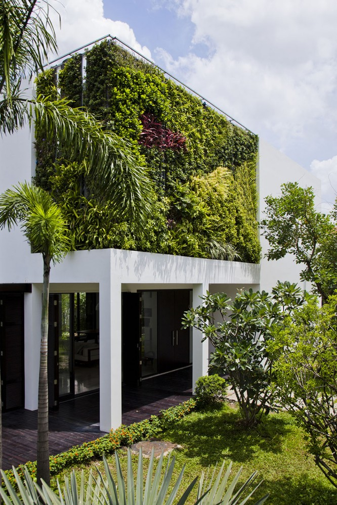Thao-Dien-House-by-MM-House-Architects-4-666x999