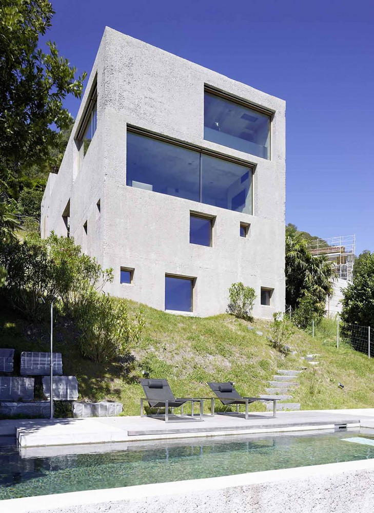 House-in-Brissago-by-Wespi-de-Meuron-Romeo-architects-3-729x999