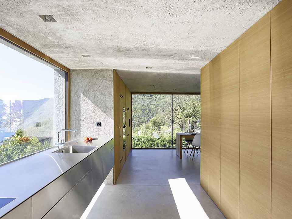 House-in-Brissago-by-Wespi-de-Meuron-Romeo-architects-6