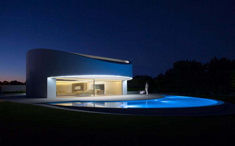 fran-silvestre-arquitectos-balint-house-valencia-spain-cowboyzoom-01