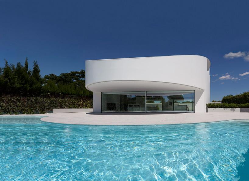 fran-silvestre-arquitectos-balint-house-valencia-spain-cowboyzoom-07