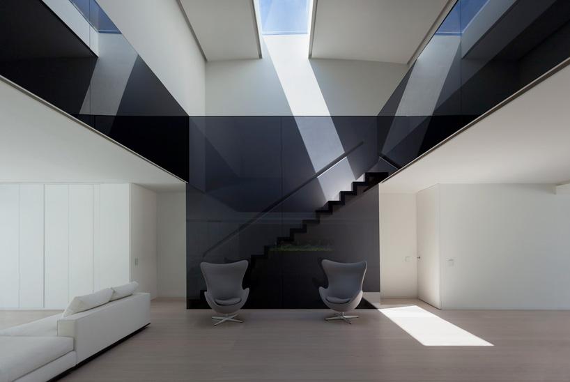 fran-silvestre-arquitectos-balint-house-valencia-spain-cowboyzoom-10