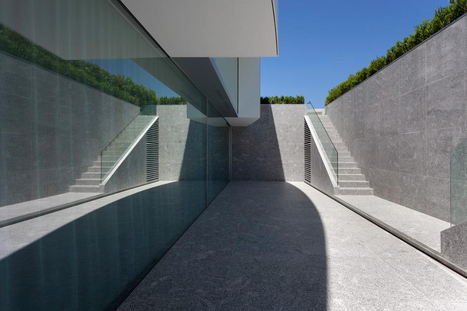 fran-silvestre-arquitectos-balint-house-valencia-spain-cowboyzoom-15