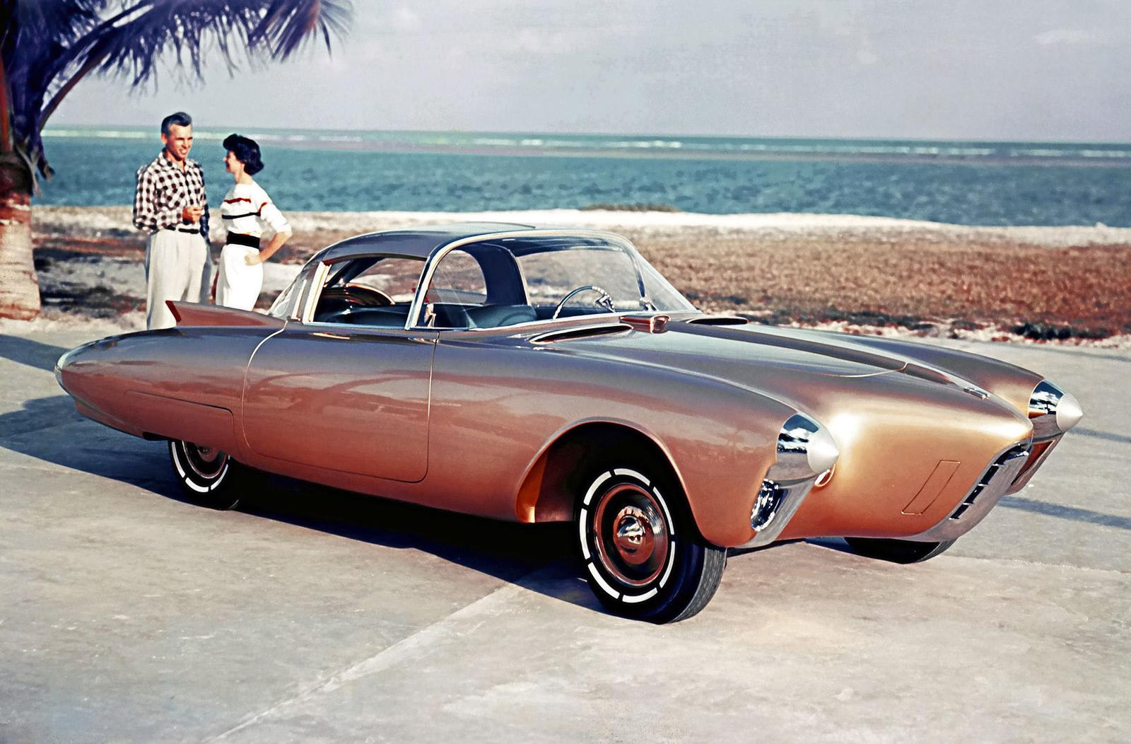 1956-Oldsmobile-Golden-Concept-1600