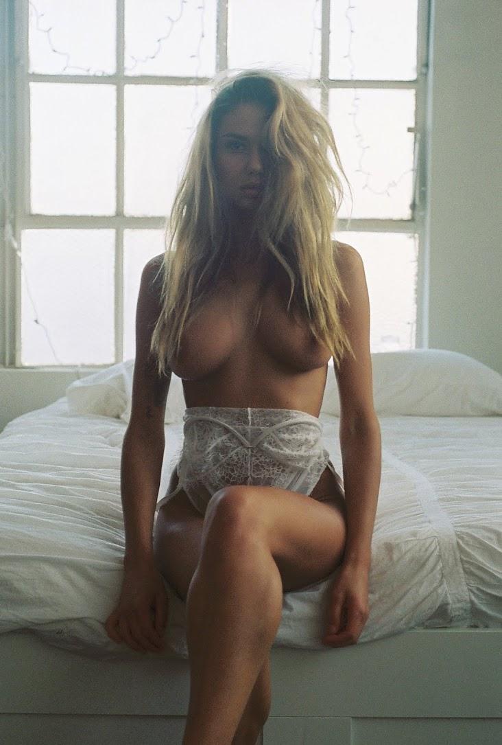sahara-ray-bed-lingerie