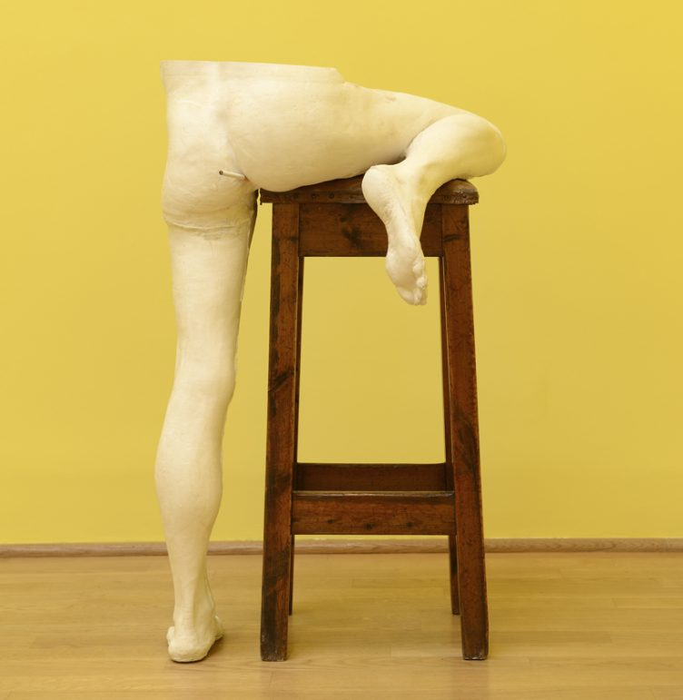 sarah-lucas-british-pavilion-at-the-venice-art-biennale-cowboyzoom-02