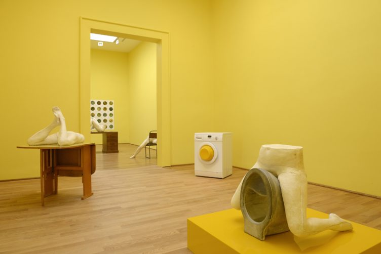 sarah-lucas-british-pavilion-at-the-venice-art-biennale-cowboyzoom-05