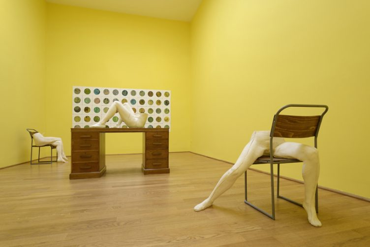 sarah-lucas-british-pavilion-at-the-venice-art-biennale-cowboyzoom-13