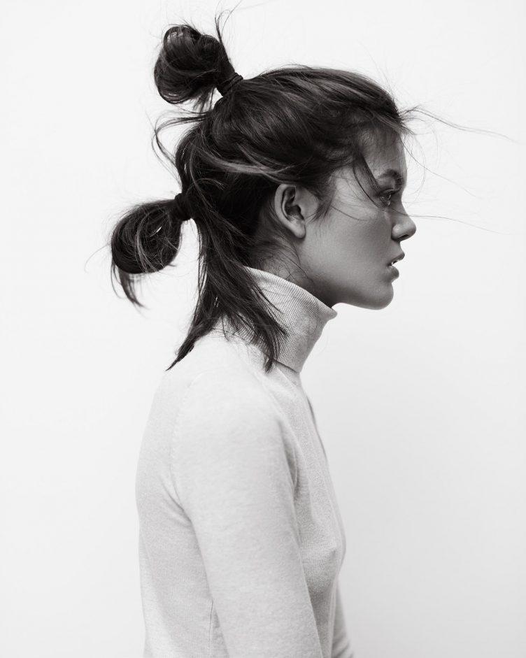 portrait-sitting-with-beautiful-isabella-henrik-adamsen-002
