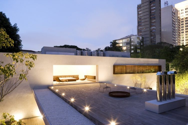 chimney-house-marcio-kogan-studio-mk27-005