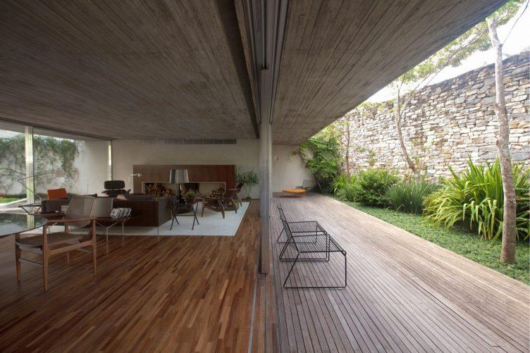 chimney-house-marcio-kogan-studio-mk27-011