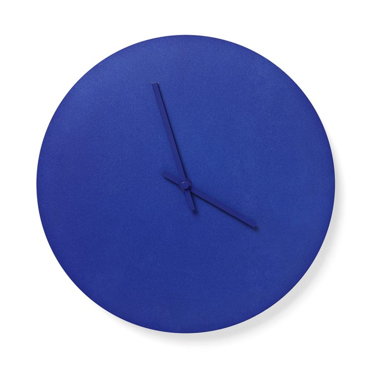 Norm_Steel_Clock_Blue_01