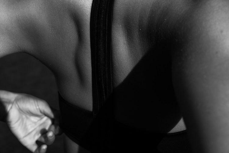 jasmine-sanders-model-golden-girl-008