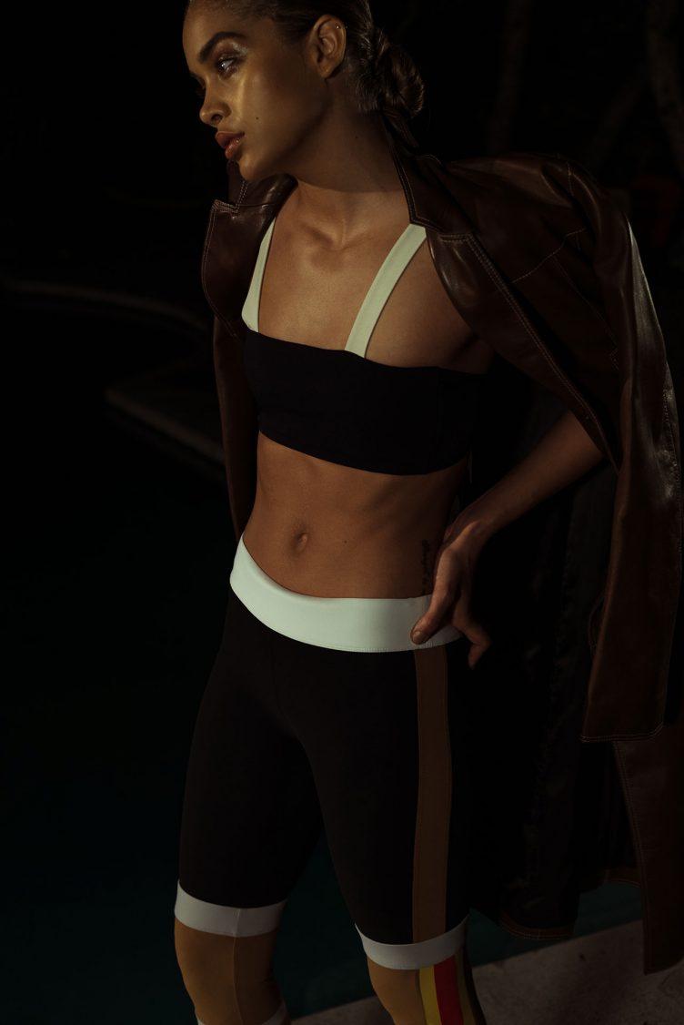 jasmine-sanders-model-golden-girl-015