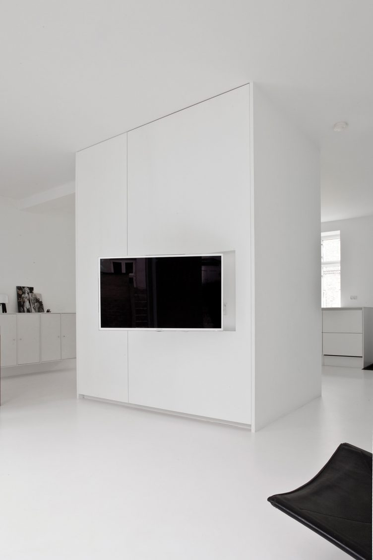 Townhouse II in Central Copenhagen by Norm Architects 014