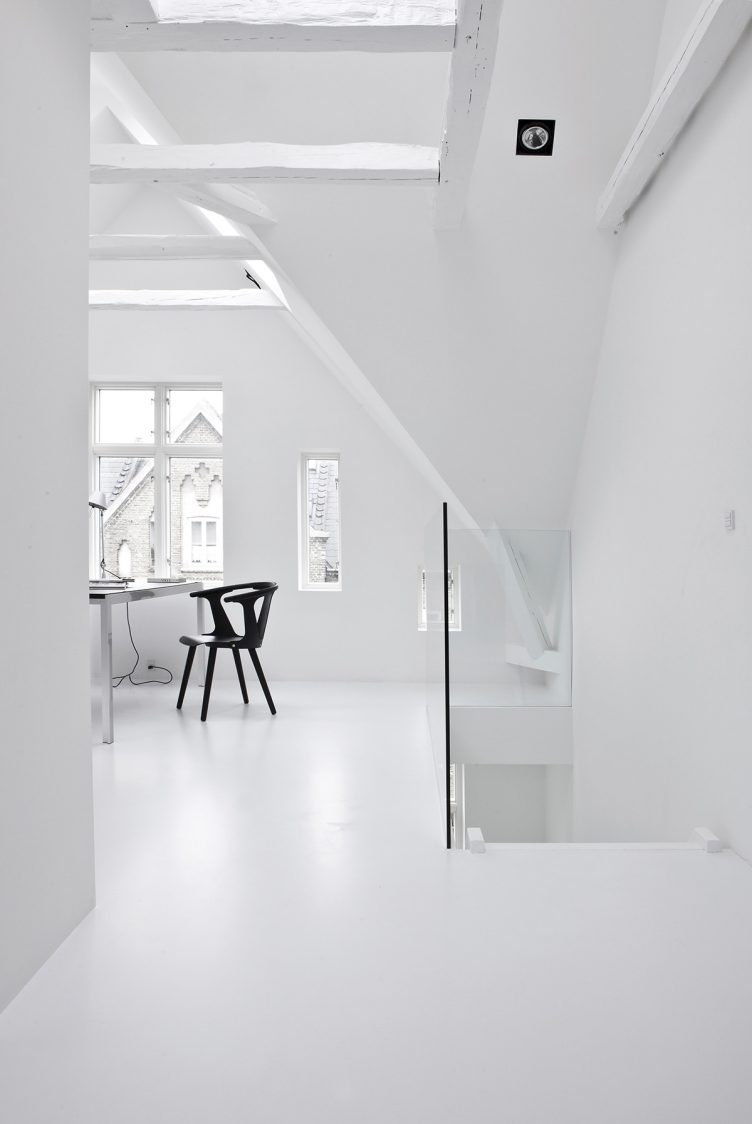Townhouse II in Central Copenhagen by Norm Architects 020