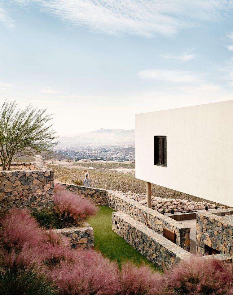Franklin Mountain House, El Paso, Texas by Hazelbaker Rush 07