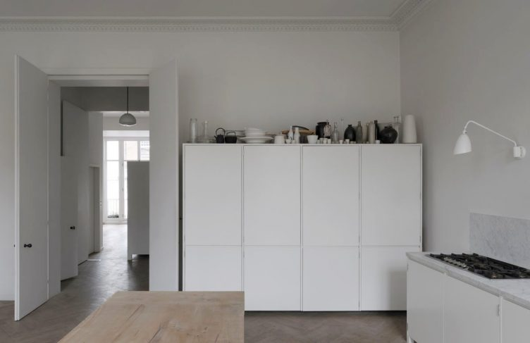 Apartment in Bryanston Square, London by DRDH Architects 01