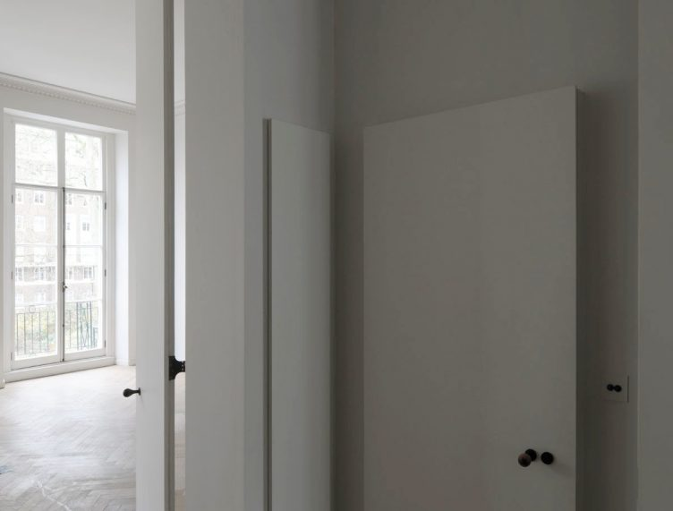 Apartment in Bryanston Square, London by DRDH Architects 02