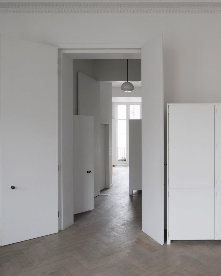 Apartment in Bryanston Square, London by DRDH Architects 08