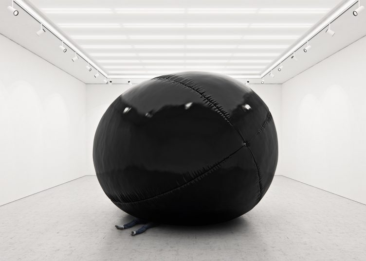 Black Balloons II (Big Scale) - Tadao Cern 02