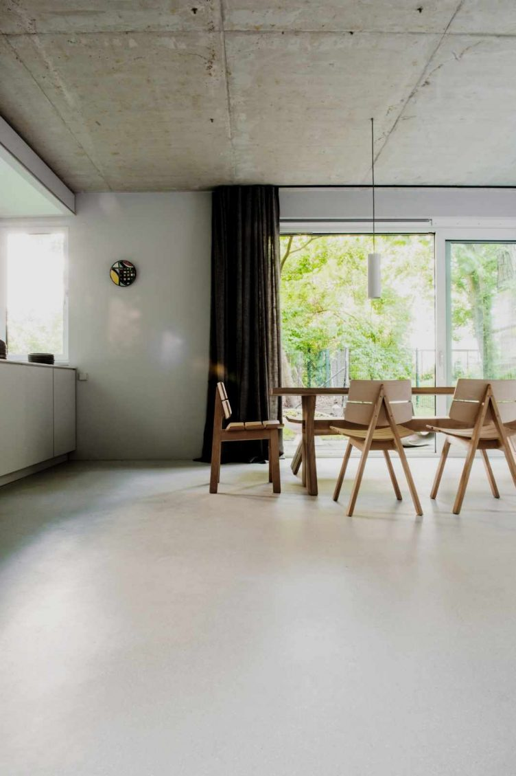 House on Prenzlauer Berg by Loft Kolasinski 01