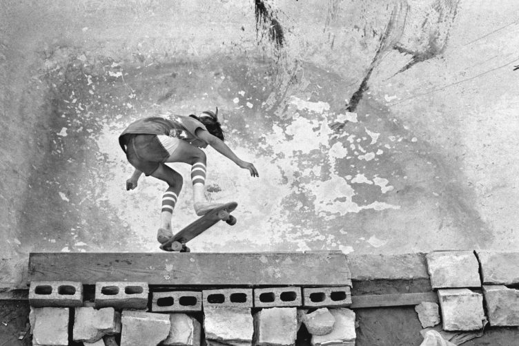 Hugh Holland - Silver. Skate. Seventies. 010