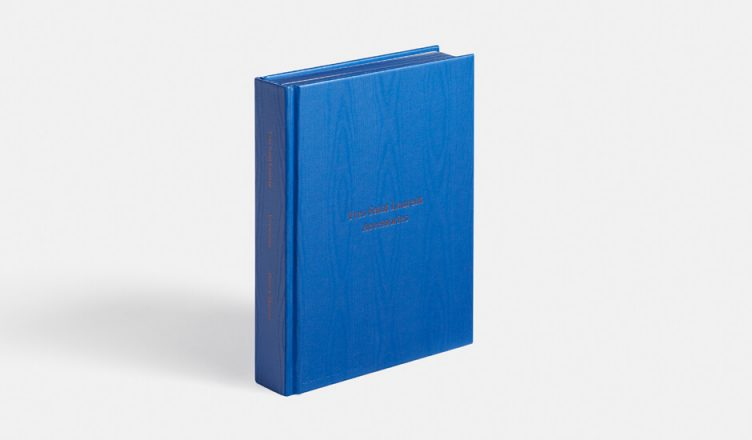 Yves Saint Laurent Accessories - Phaidon Books 001