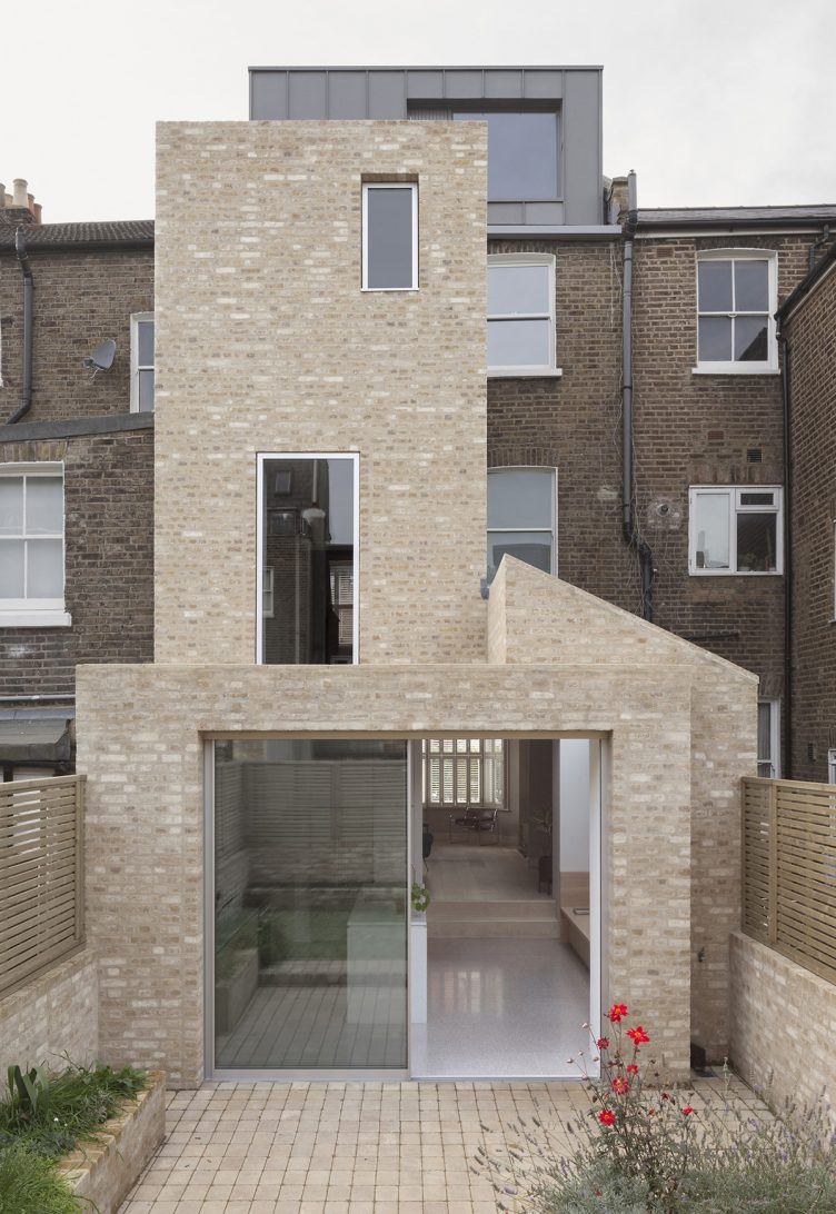 Al-Jawad Pike - Private House, Shepherd's Bush, London 03