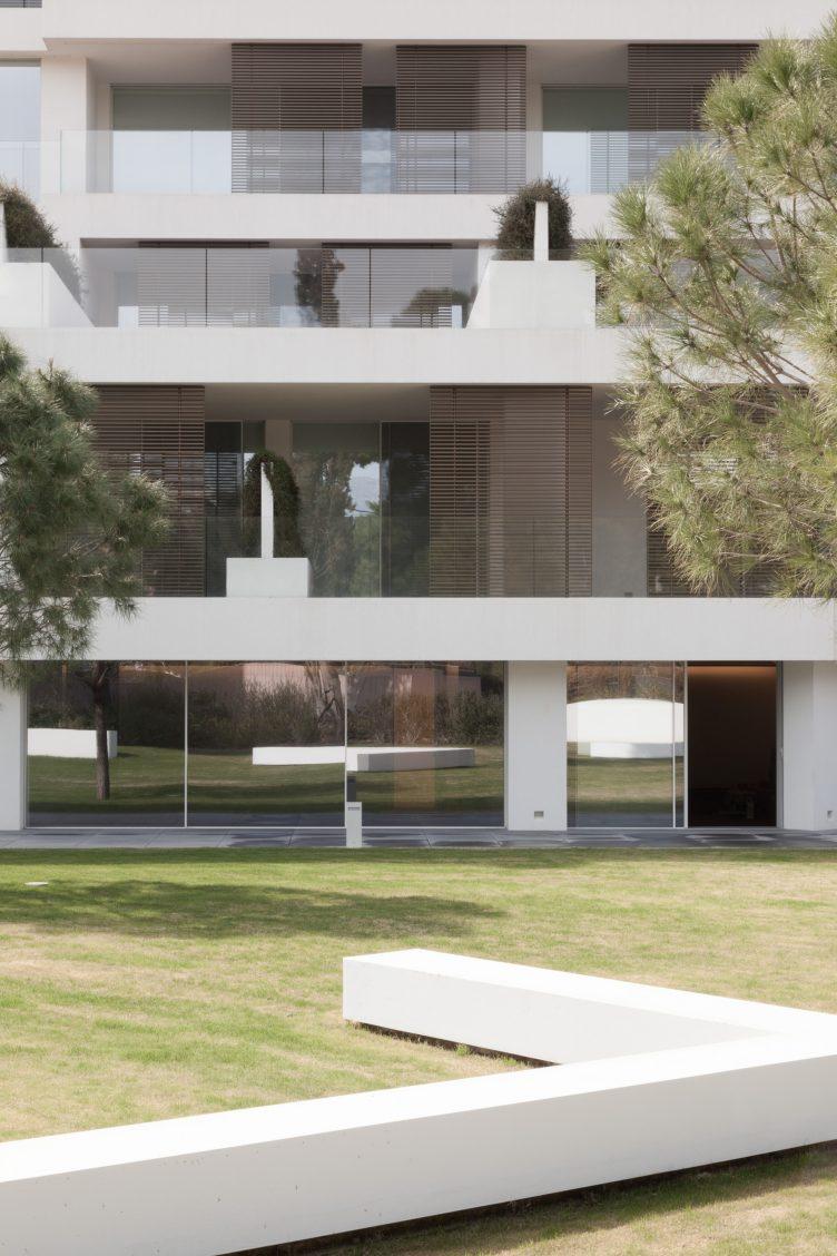 Armonia Apartments - John Pawson 02