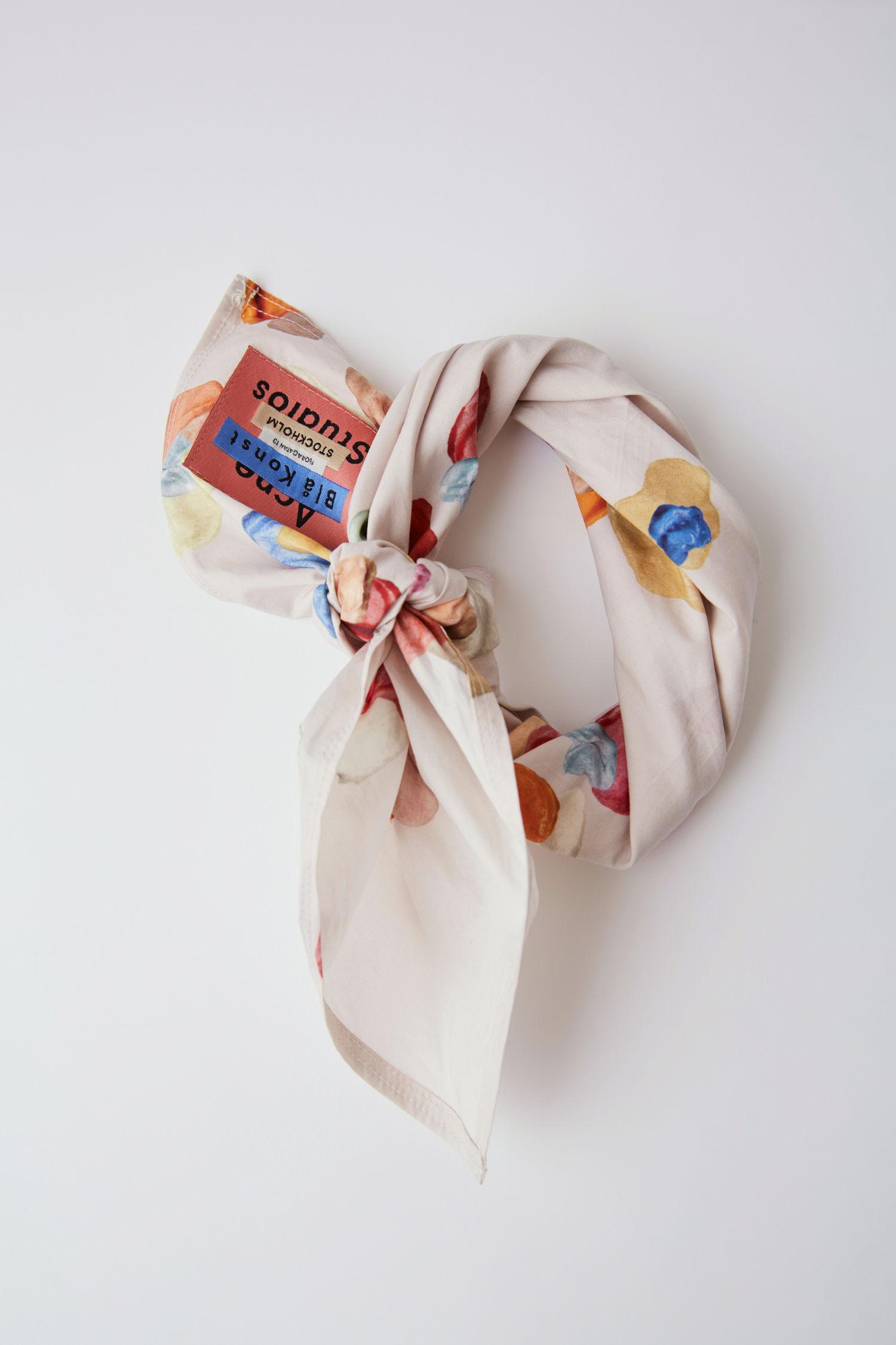 Acne Studios - Gum Print Scarf 04