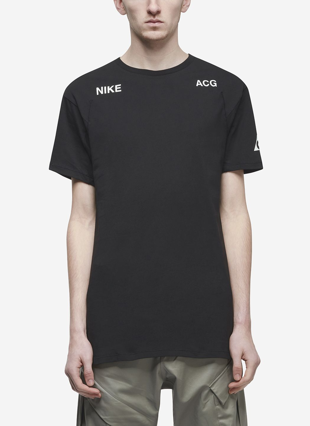 Nikelab ACG T-Shirt in Black / Barely Green 01