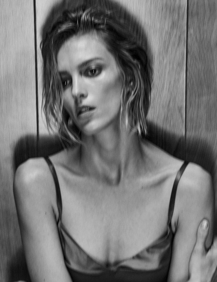Anja Rubik by Chris Colls - Vogue Mexico February 2017 003
