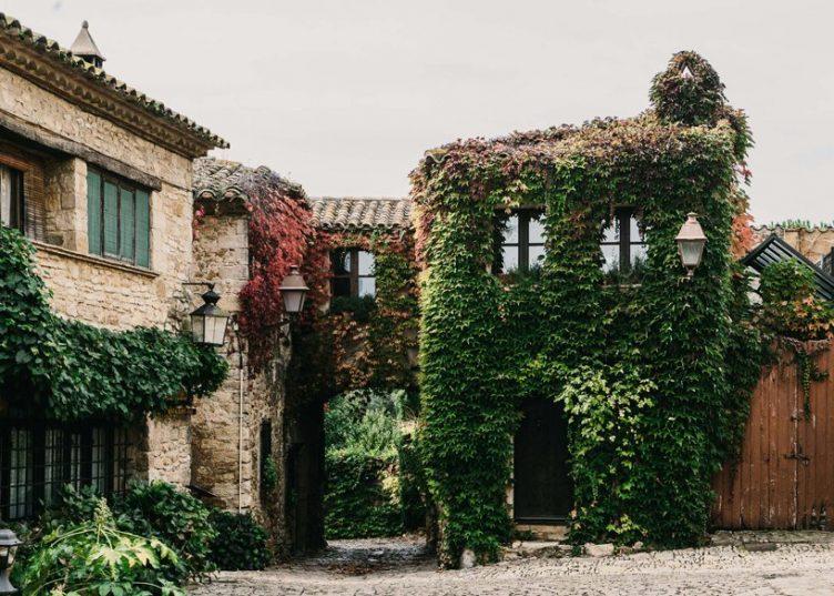Castell de Peratallada's Garden by Mesura 01