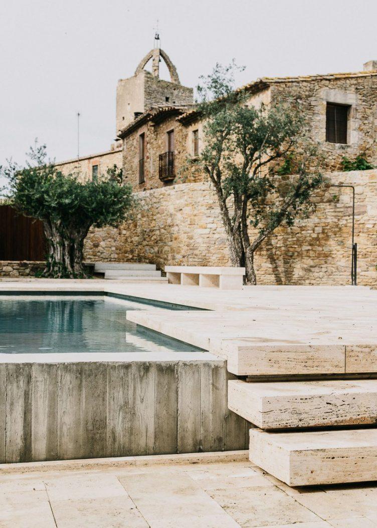 Castell de Peratallada's Garden by Mesura 07