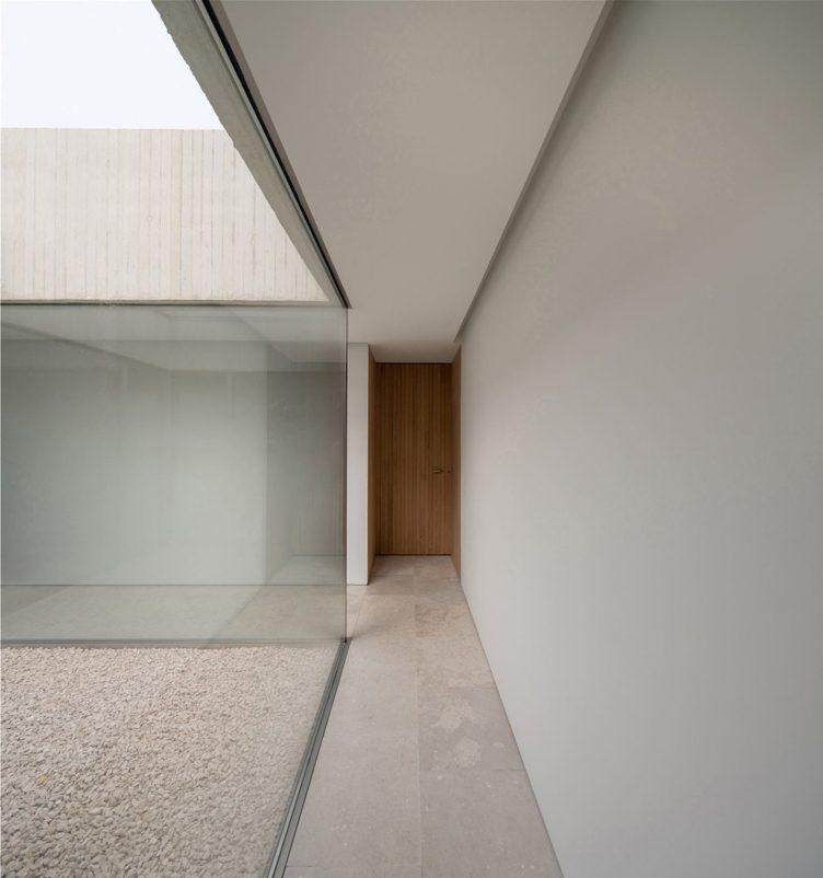 Pamplona House by Pereda Pérez Arquitectos 007