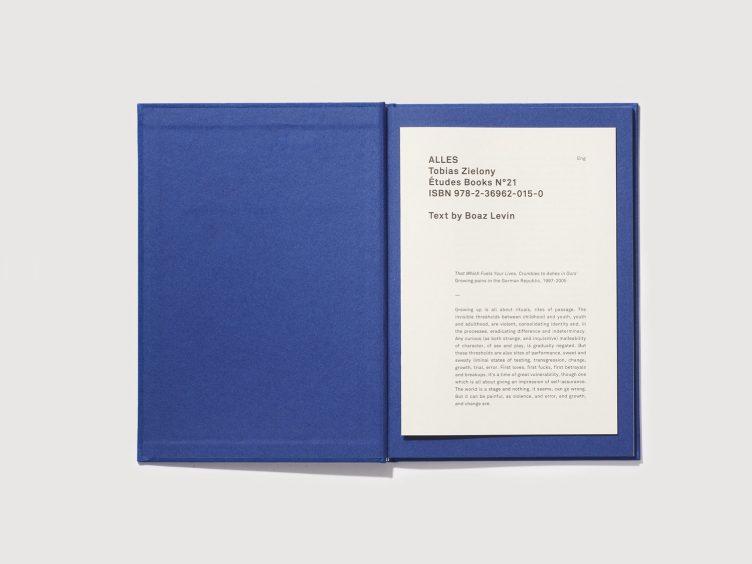 Études Books N°21 - Tobias Zielony 001