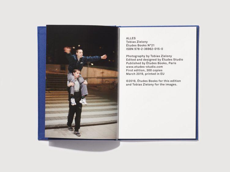 Études Books N°21 - Tobias Zielony 002