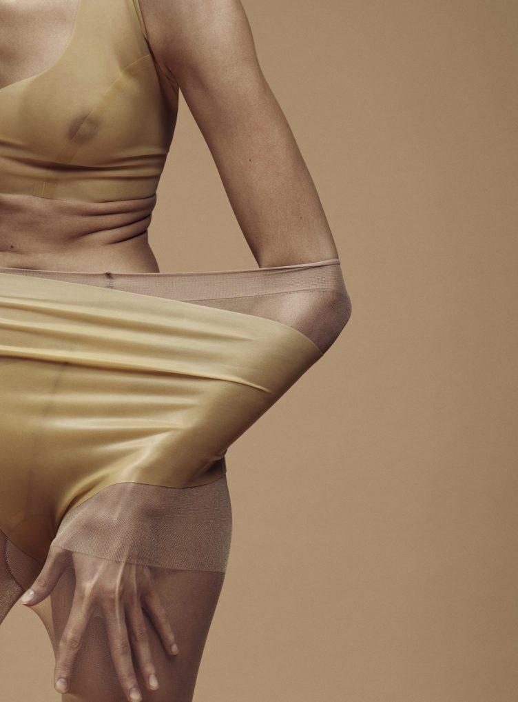 Plasticity by Paola Kudacki 001