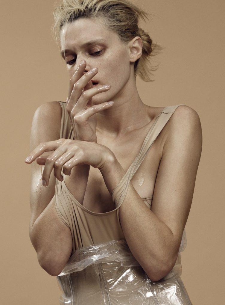 Plasticity by Paola Kudacki 004