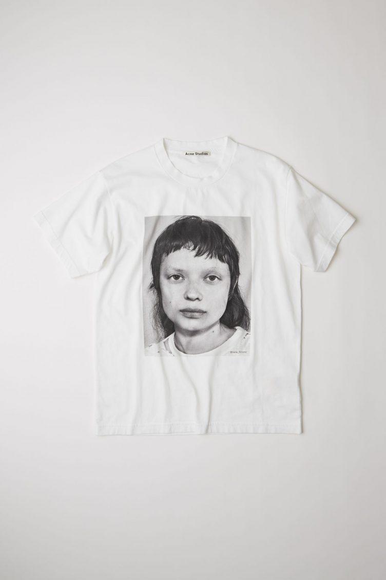 Acne Studios Campaign T-shirt Sara Hiromi 001