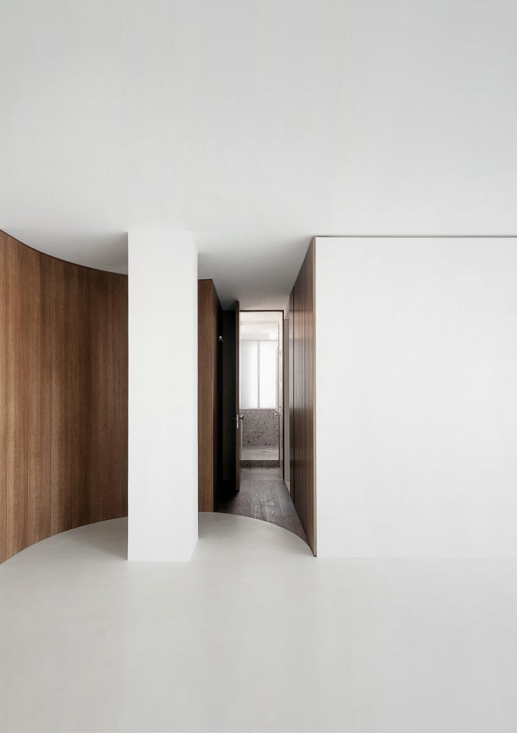 Apartment P42 by Nicolas Dorval-Bory Architects 011