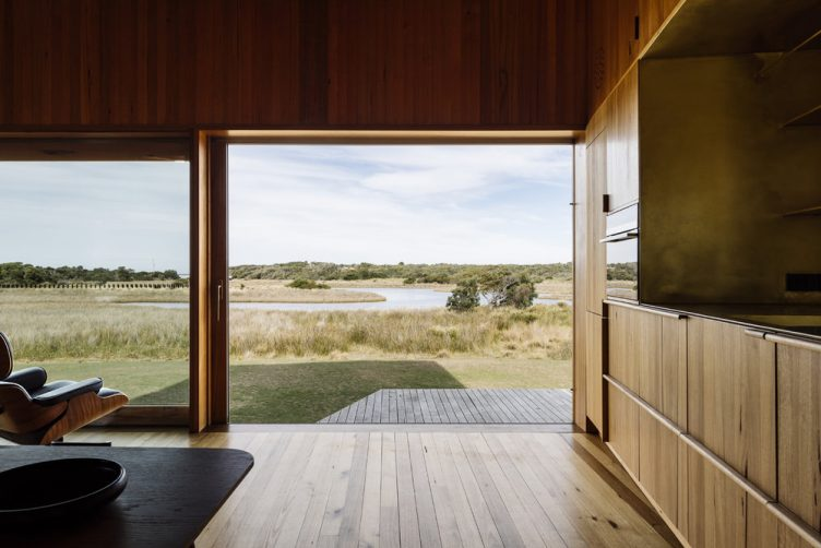 Tasmanian Retreat by Taylor + Hinds Architects 010